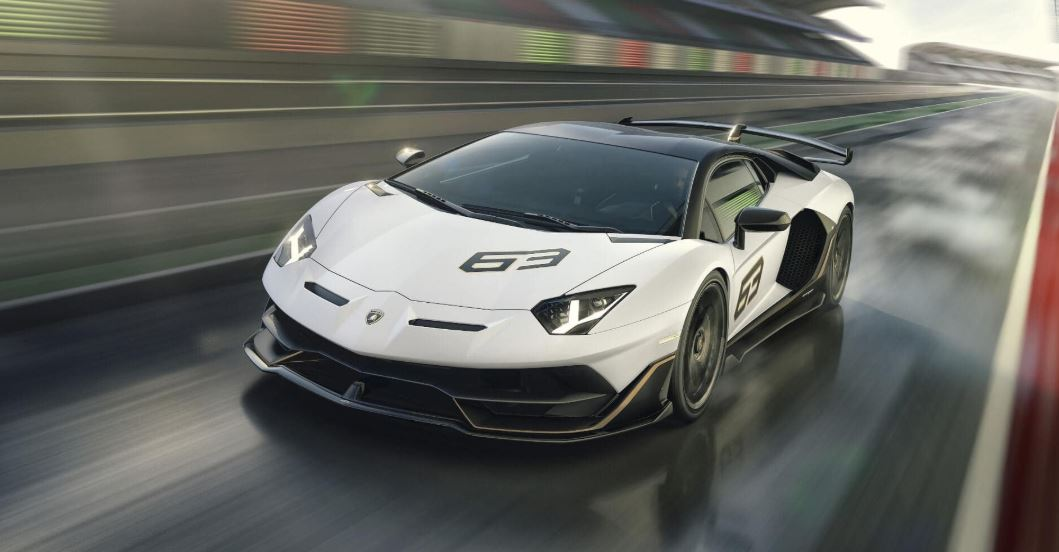 This gives the car a 0-100 km/h time of 2.8 seconds while it takes 8.6 seconds to reach 200 km/h from a standstill. Its top speed is stated to cross 350 km/h. With a dry weight of 1,525 kg, the Aventador SVJ 63 gets a power-to-weight ratio of 1.98 kg/hp. (Image source: Lamborghini India)