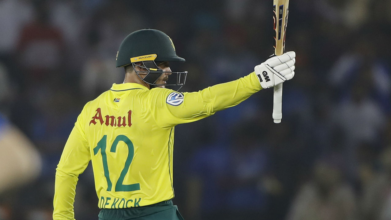 South African skipper de Kock looked in good nick and brought up his half-century with a boundary against Ravindra Jadeja in the 11th over. de Kock's fifty came off just 35 balls with eight boundaries. (Image: AP)