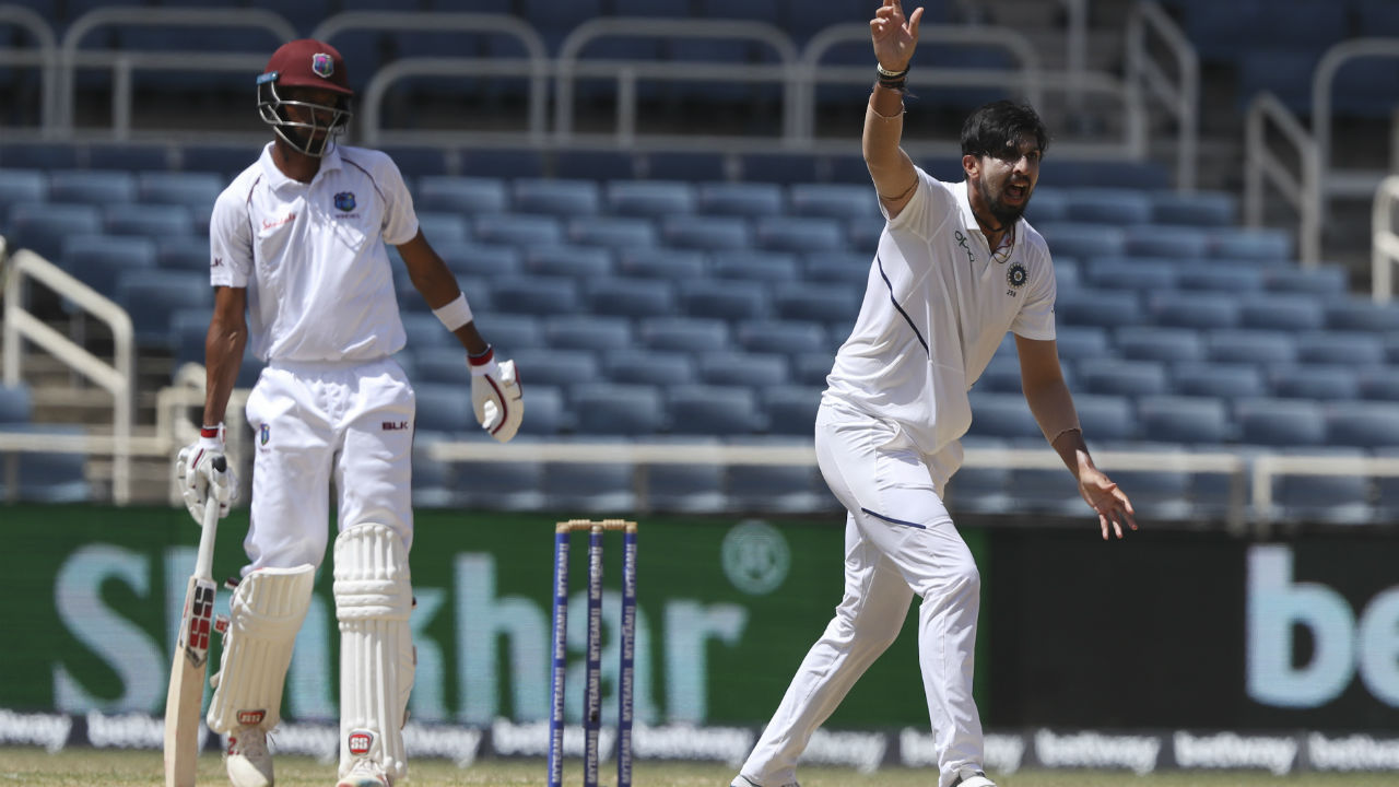 After Bravo left the crease, Chase and Brooks approached the total with caution not giving away many lose chances hence frustrating the Indian bowlers. (Image: AP)