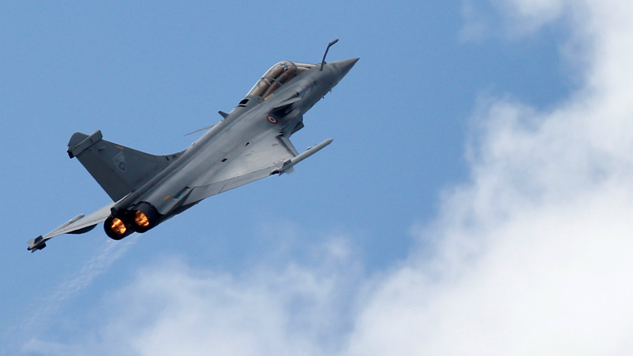 According to the Times of India, the original proposal to buy 126 fighter aircraft was first mooted during the National Democratic Alliance (NDA) government led by Atal Bihari Vajpayee. (Image: Reuters/Representative image)
