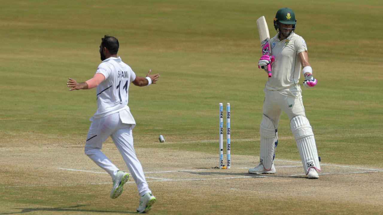 South African skipper Faf du Plessis then steadied the ship along with opener Aiden Markram stitching together a 32-run partnership off 62 balls. du Plessis was then left staring in disbelief as a delivery from Shami nicked back in and stayed low to hit the off-stump. Shami wasn't done yet and he got Quinton de Kock bowled out in similar fashion in his very next over. de Kock returned on a duck in the 24th over with South Africa struggling at 60/5. (Image: AP)