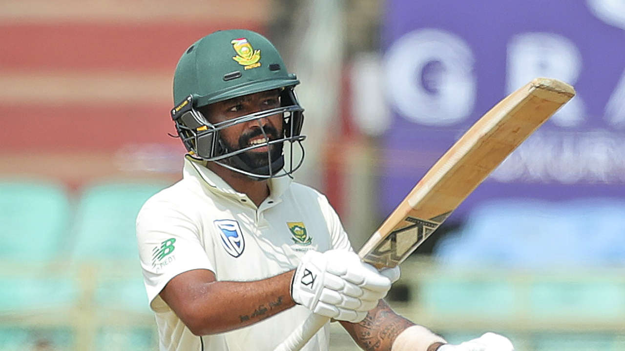 Dane Piedt and Senuran Muthusamy came together after the loss of 8 wickets. The two batsmen took South Africa to 117/8. Post Lunch, Piedt completed his fifty as the Indian bowlers failed to break Piedt-Muthusamy partnership. (Image: AP)