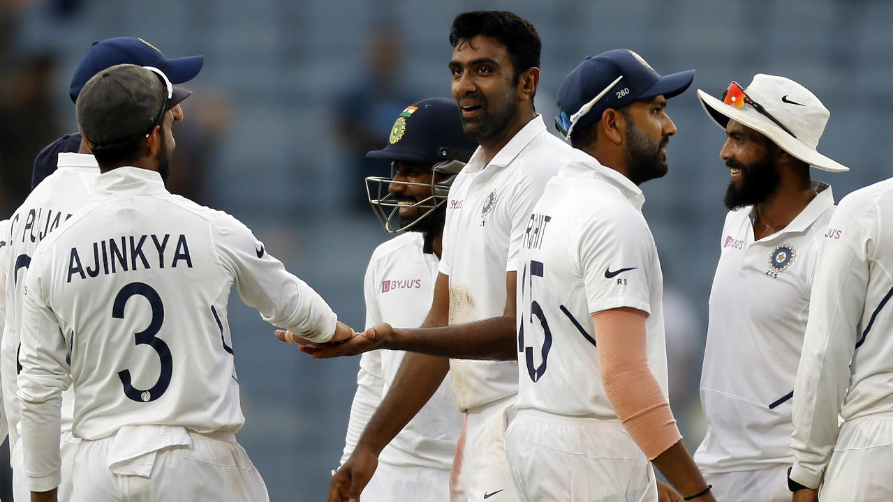 Together, Maharaj and Philander stitched together the highest partnership of the South African innings adding 109 runs off 259 balls. The stand was finally broken when Ashwin drew a thick inside edge from Maharaj which went straight to Rohit at leg-slip. Maharaj returned with 72 runs after facing 132 balls. Ashwin then trapped Kagiso Rabada 2 (9) LBW in the 106th over to bring an end to the South African innings. The Proteas were 275-all out still trailing India by 326 runs at Stumps. (Image: AP)