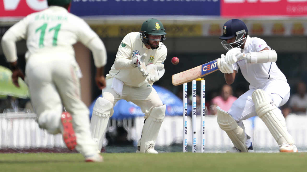 To much relief South Africa were able to separate Rohit Sharma and Ajinkya Rahane when the later edge a delivery from George Linde to wicket-keeper Heinrich Klaasen. Rahane made 115 off 192 hitting 17 boundaries and 1 six. India were 306/4. (Image: AP)