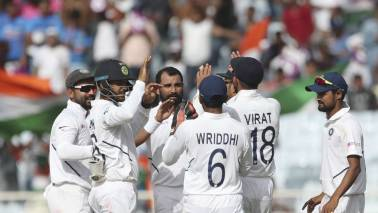 India vs South Africa 3rd Test, Day 3: Bowlers put IND on cusp of series sweep against SA