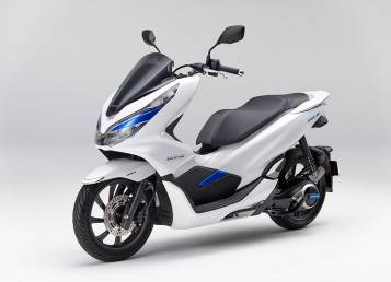 Honda in wait & watch mode even as rivals rev up their EV plans