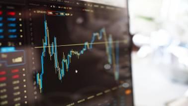 What to buy at market peak? Top 10 stocks based on Warren Buffett's investment methodology